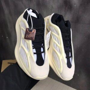 KANYE 700 Classic Boots V2